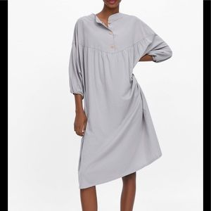 Buttoned oversized dress